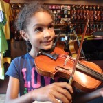 Caitlin Henry (Harrisburg, PA). Caitlin came in to our shop to purchase of her new upsized 1/4 sized violin. Caitlin attends the Harrisburg Academy and is 7 yrs. old.